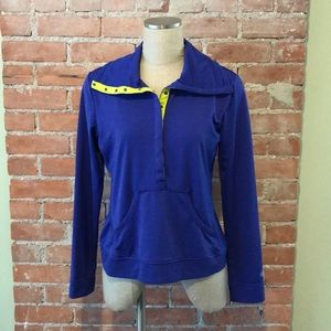 Athleta blue to-fro top, M